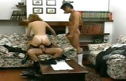 Trio cuckold con una moglie zoccola